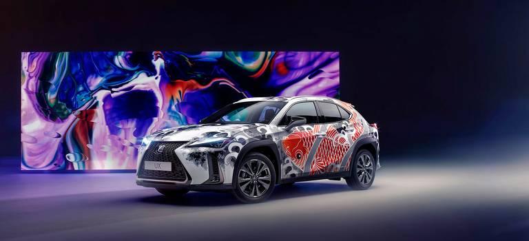 Lexus впервые сделал татуировку автомобилю