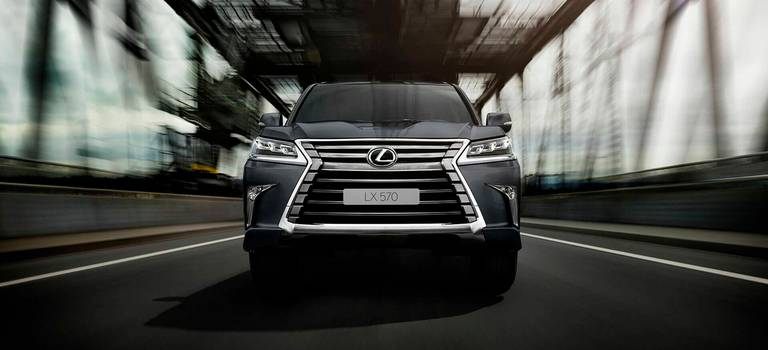 Премьера нового роскошного внедорожника LexusLX