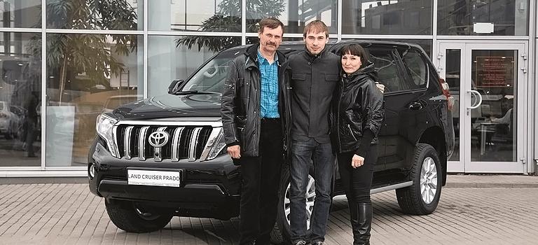Интервью сАнтоном Шипулиным оего новом автомобиле Тойота