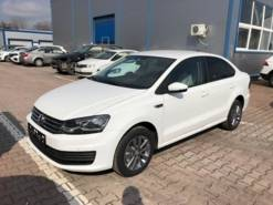 Volkswagen Polo 1.6 AT (110 л.с.) Connect
