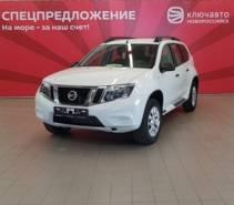 Nissan Terrano 2.0 MT6 (143 л.с.) 4WD Elegance