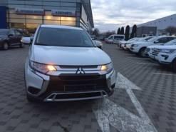 Mitsubishi OUTLANDER 2.0 CVT (146 л.с.) 4WD (2018;2019) Invite