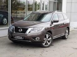 Nissan Pathfinder 2014 г. (коричневый)