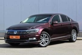 Volkswagen Passat 2018 г. (коричневый)
