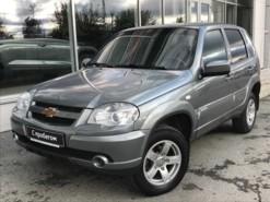 Chevrolet Niva 2016 г. (серый)