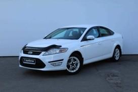 Ford Mondeo 2012 г. (белый)
