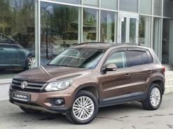 Volkswagen Tiguan 2014 г. (коричневый)