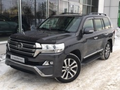 Toyota Land Cruiser 2016 г. (серый)
