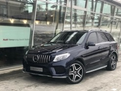 Mercedes-Benz GLE 2015 г. (синий)