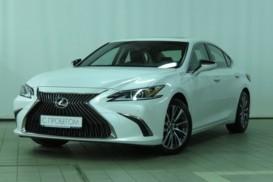 Lexus ES 2018 г. (белый)