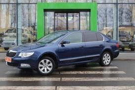 Škoda Superb 2012 г. (синий)