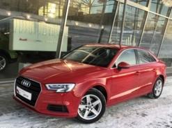 Audi A3 2017 г. (красный)