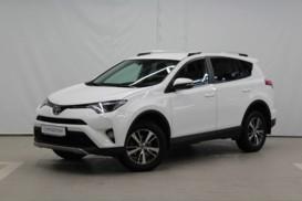 Toyota RAV4 2016 г. (белый)