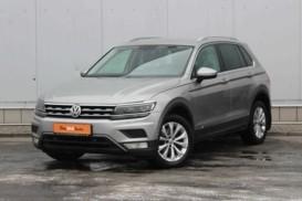 Volkswagen Tiguan 2016 г. (серый)