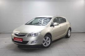 Opel Astra 2012 г. (бежевый)