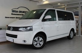 Volkswagen Multivan 2014 г. (белый)