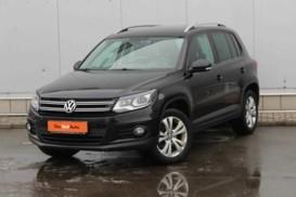 Volkswagen Tiguan 2016 г. (черный)