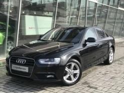 Audi A4 2014 г. (черный)