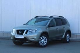 Nissan Terrano 2014 г. (серый)