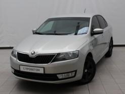 Škoda Rapid 2016 г. (бежевый)