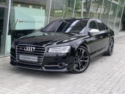 Audi S8 2016 г. (черный)