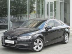 Audi A3 2013 г. (черный)
