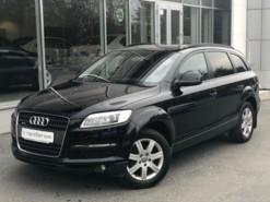 Audi Q7 2009 г. (черный)