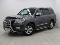 Toyota Land Cruiser 2011 г. (серый)