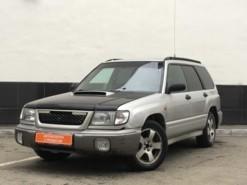 Subaru Forester 1999 г. (серебряный)