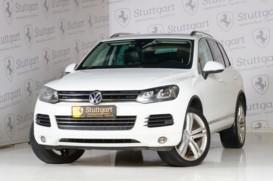 Volkswagen Touareg 2014 г. (белый)