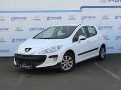 Peugeot 308 2011 г. (белый)
