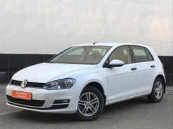 Volkswagen Golf 2014 г. (белый)
