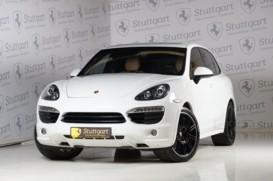 Porsche Cayenne 2012 г. (белый)