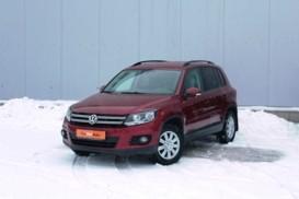 Volkswagen Tiguan 2014 г. (красный)