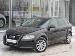 Audi A3 2009 г. (черный)