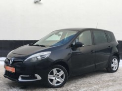 Renault Scenic 2012 г. (черный)