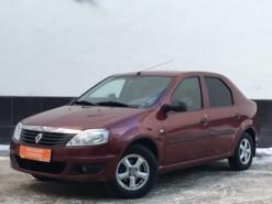 Renault Logan 2010 г. (красный)