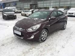 Hyundai Solaris 2013 г. (фиолетовый)