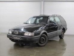 Volkswagen Passat 1991 г. (черный)