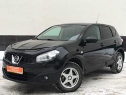Nissan Qashqai 2012 г. (черный)