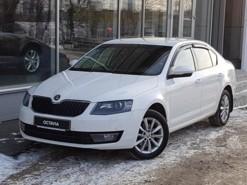 Škoda Octavia 2014 г. (белый)