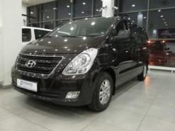 Hyundai Starex 2016 г. (черный)