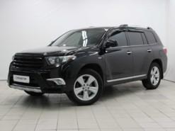 Toyota Highlander 2012 г. (черный)