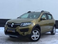 Renault Sandero 2017 г. (золотой)
