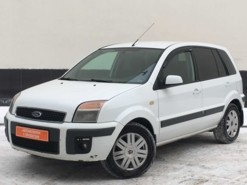 Ford Fusion 2008 г. (белый)
