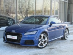 Audi TT 2015 г. (синий)