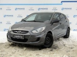 Hyundai Solaris 2012 г. (серый)