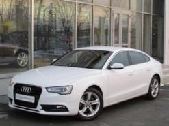 Audi A5 2012 г. (белый)