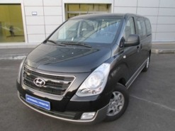 Hyundai Starex 2017 г. (черный)