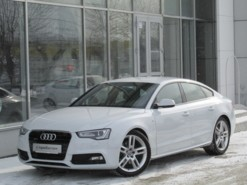 Audi A5 2013 г. (белый)